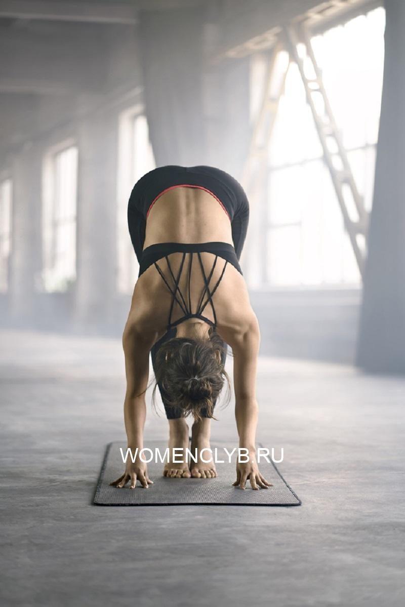 sportive-girl-yoga-training